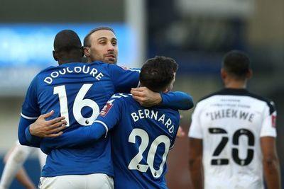 Everton superó al Rotherham y avanzó en la FA Cup