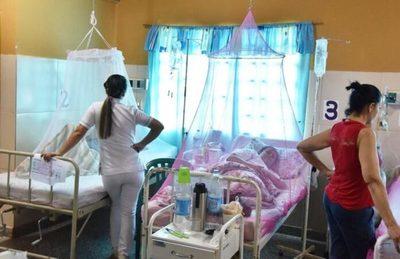 Confirman dos pacientes con covid-19   y dengue que están internados