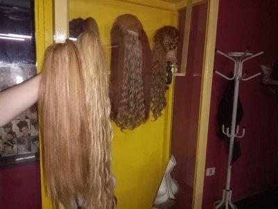 Crónica / Peluqueras se rebuscan por cabelleras vírgenes
