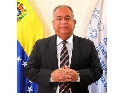 Contralor venezolano acusa a autoridades paraguayas