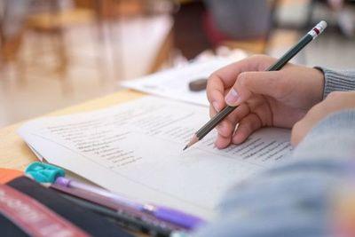 Clases híbridas: Viceministro de educación explica como será el año lectivo 2021