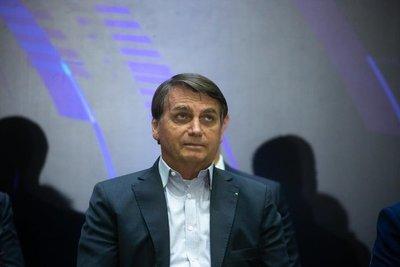 Covid-19 en Brasil: Bolsonaro pide a India con urgencia las dosis de la vacuna