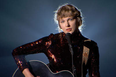 El álbum más exitoso de 2020 – Folklore de Taylor Swift.