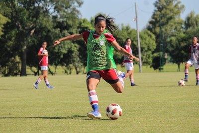 Cerro transfiere a una de sus 'joyitas' del fútbol femenino