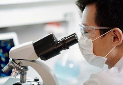 Salud supera los 2.400 fallecidos por coronavirus