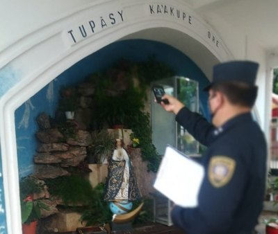 Crónica / IMAGEN DECAPITADA Atacaron jeýma a la Virgen de la gruta en Ñemby