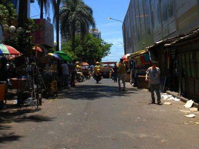 Ventas cayeron en CDE y tiendas abrieron sucursales en Asunción