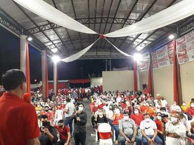 Concejal OFICIALIZO precandidatura con apoyo de DIRIGENTES de base en CDE