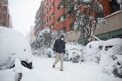 Madrid permanece paralizada tras la histórica nevada