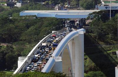 Test negativo de Covid-19 es una exigencia para ingreso al país desde Brasil