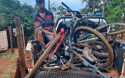 Atrapan en un inquilinato a joven que acostumbraba a robar motos y bicicletas – Diario TNPRESS