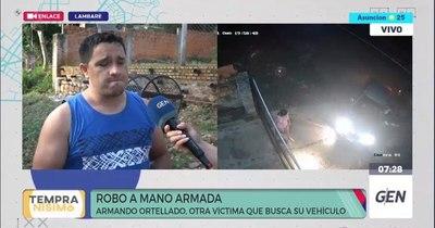 La Nación / Roban vehículo a punta de arma de fuego en Lambaré