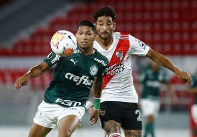 Palmeiras busca la final de Libertadores ante un River herido