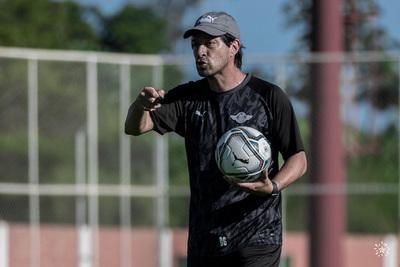 Daniel Garnero empieza a probar en el Guma