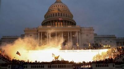 Tras lo ocurrido en el Capitolio, la BBC hizo un análisis de la imagen de EE.UU. en el mundo