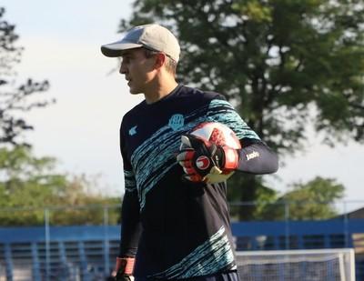 Ignacio Don renueva su contrato con Guaireña