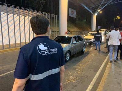 4.000 paraguayos fueron a vacacionar en territorio brasileño · Radio Monumental 1080 AM