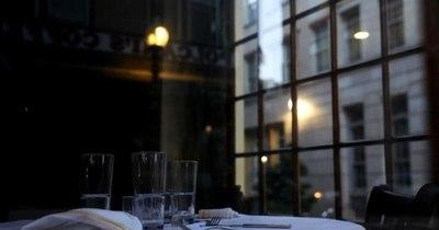 La Nación / Restaurantes en Ciudad de México desafían cierre de actividades por COVID-19