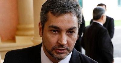 La Nación / Exigen a Abdo Benítez salir a hablar sobre los escándalos en su gobierno