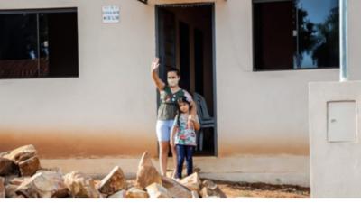 Unas 43 familias de Loma Grande acceden a nuevas viviendas sociales