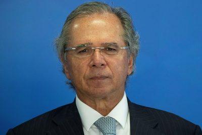 El Gobierno de Brasil apela a más reformas tras la salida de Ford del país