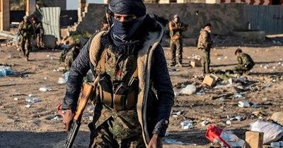 La Nación / Grupo EI mata al menos a 8 militares sirios