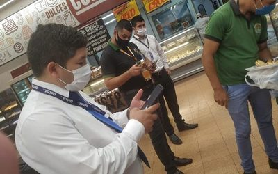 Denuncian que en supermercado Stock de C. Nueva venden alimentos en mal estado – Diario TNPRESS