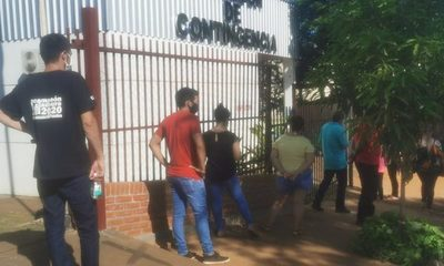 Largas filas para hisopado en evidente nueva oleada de COVID