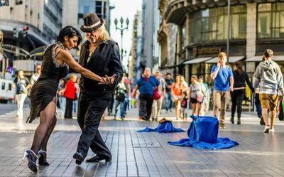 """Un verano """"sobre la marcha"""" en Argentina"""