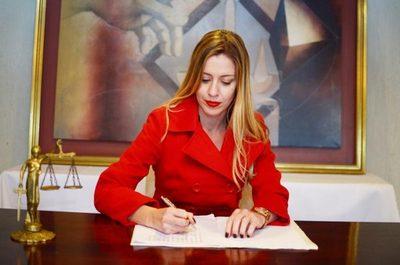Tribunal condena a «empleado infiel»