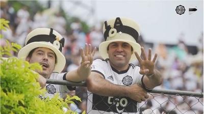 Franjeados festejan el Día del Hincha de Olimpia y marcan tendencia