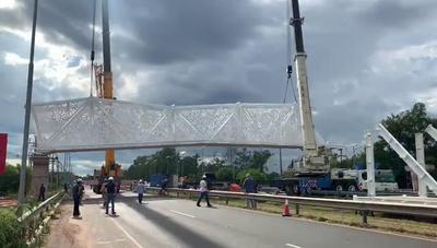 """Sentencian como """"Nuevo papelón"""" a la construcción del puente de oro"""