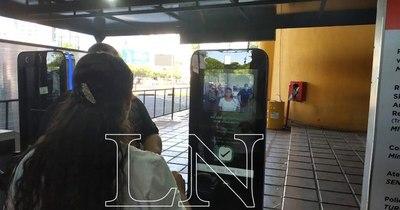 La Nación / Visitantes no registran salida por control Smarf