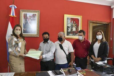 Transfieren al Indert 565 hectáreas de tierra para dar solución a conflicto por ocupación