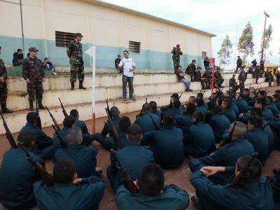 Servicio militar: Inician inscripciones y especialista pide la suspensión este año