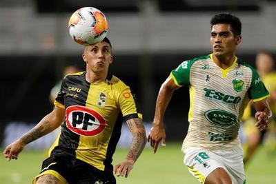 Coquimbo y Defensa firman un empate a cero en Asunción