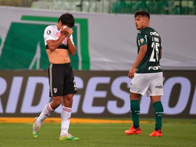Palmeiras se aferra a la ventaja y alcanza la final