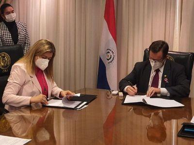 La fiscala general no contestó comentarios de Martínez Simón