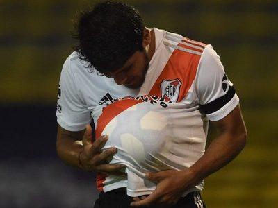 """Esta vez """"sicario"""" Rojas ganó el duelo a Gustavo Gómez pero no le alcanzó (video)"""