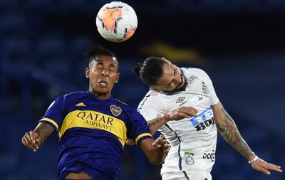 Santos y Boca chocan por el cupo a la final de la Libertadores