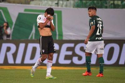 Palmeiras resiste presión de River y se clasifica para su quinta final