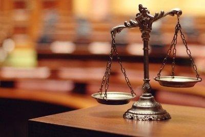 """""""Con chicanas abogados entorpecen el funcionamiento del Poder Judicial"""" · Radio Monumental 1080 AM"""