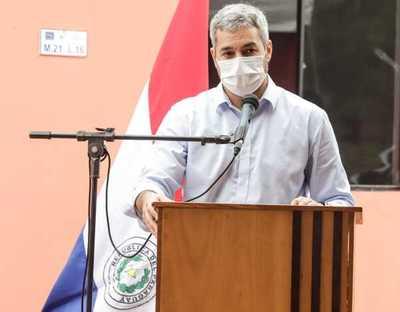 Abdo dice que renunciará si le traen pruebas de haber incumplido sus promesas electorales