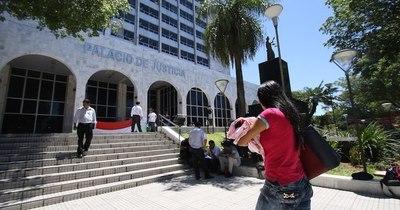 """La Nación / """"Abogados entorpecen funcionamiento del Poder Judicial con chicanas"""", afirmó Granada Salaberry"""