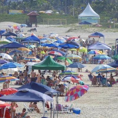 Prensa brasileña destaca masiva presencia de paraguayos en sus playas