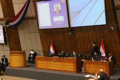 Diputados aprueba interpelación a Juan Ernesto Villamayor
