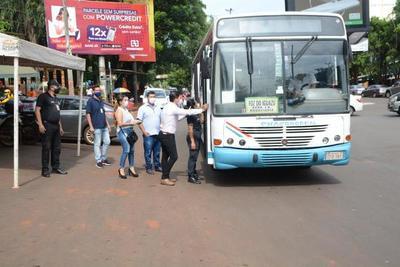 Comuna somete a control itinerario de buses internacionales