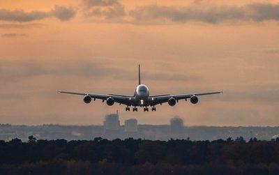 Multimillonario compró todos los asientos de un vuelo para evitar contagios de covid-19