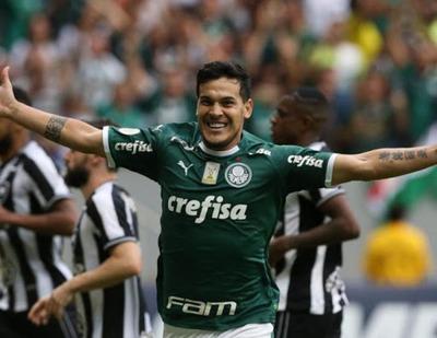 Gustavo Gómez llegaría para la gran final de la Libertadores