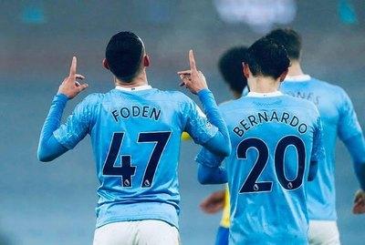 Manchester City triunfa y está en el podio de la Premier League